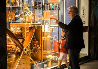 Christmas Shopping © 2016 Vaughan Risher